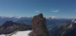 La vue imprenable du refuge l'espace au Glacier 3000