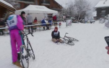 2e édition du Moussa Cross à Anzère: une course de cyclo-cross, déguisé et dans la neige