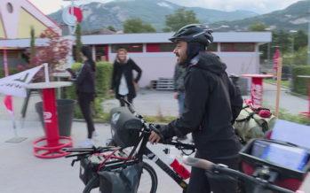 Sion – Tokyo à vélo: le sédunois Okan Celik roule à la force du mollet pour lutter contre l'AVC
