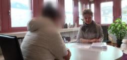 Plus de 1000 victimes de violences suivies par année: une jeune valaisanne témoigne