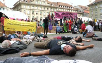 Activistes du climat: bras de fer sur la Place fédérale de Berne