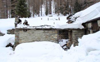 Appel à témoin: cabane incendiée dans la commune de Simplon-Dorf