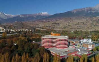 Cliniques et hôpitaux: l'État du Valais passe à la caisse