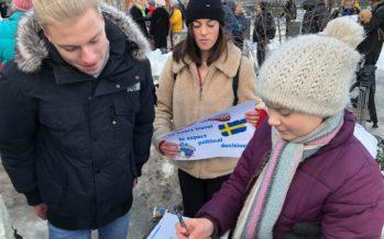 Ils font 26heures de train depuis Sion pour rencontrer Greta Thunberg à Stockholm. «C'est incroyable!», dit la jeune militante suédoise