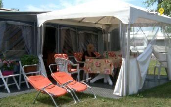«Moi, les vacances, c'est au camping du Bouveret! On n'a pas besoin d'aller à la mer, on a l'eau, le soleil, on a tout!»