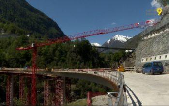 Les travaux du pont Chinegga à Stalden sont impressionnants! Y rouleront les automobilistes en direction de Zermatt et Saas-Fee