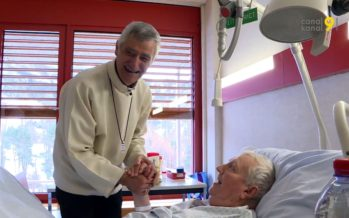 A l'hôpital, les malades peuvent compter sur le soutien d'un aumônier. L'évêque lui-même s'est rendu à leur chevet