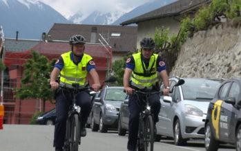 Bike Patrol en Valais: des policiers à vélo pour être plus proches des citoyens