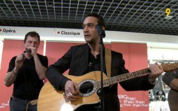 Showcase de Jean-Baptiste Guégan – la voix de Johnny – à Lausanne. Il sera à «Sion sous les étoiles» le 12 juillet